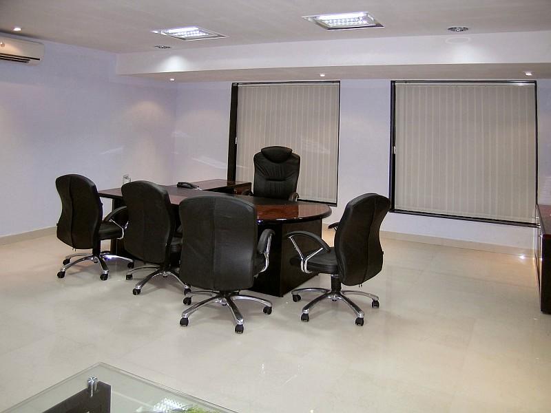 Aluminium Office Cabins : Prasol office bt square peg